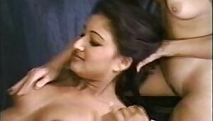 Desi sex Indian slut, Shamashan Sonhill wants flexible cumshots in spite of agent