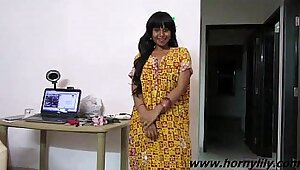 Indian Babe 3D Interview