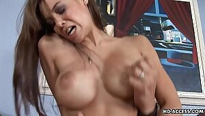 Chunky babe fucks her big tits and pussy with aspen water