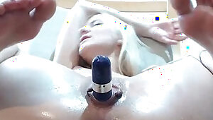 Hotblondyx Streching her Wet Vagina and Fingers Asshole Live on Cam