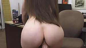Sweet hottie banged for cash
