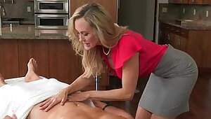 Big tits milf Love threesome session on massage table